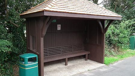 Bus shelter in Driftwood Avenue, Chiswell Green