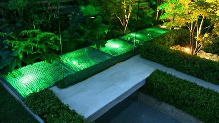 Kate Gould's Chelsea eco chic, 2009 (copyright Garden Builders)
