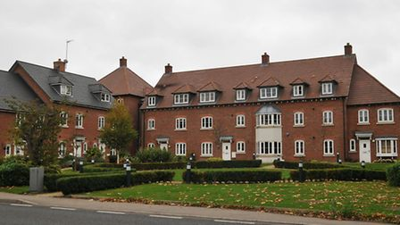 Housing in Frogmore