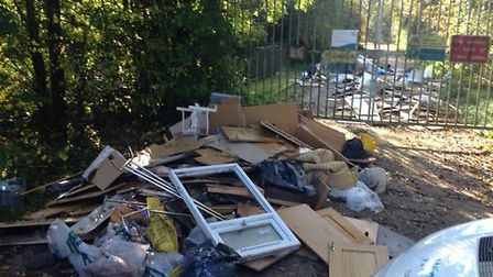Fly-tippers in Bricket Wood left rubbish from a kitchen and bathroom refurbishments
