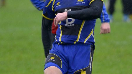 Jim Robinson was in good form with the boot as St Ives were beaten by Northampton Casuals.