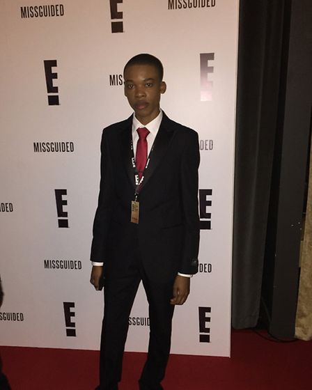 Enjoying the red carpet at E!'s Golden Globes 'watch along party' is London Colney social media afic