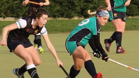 Vicky Leighton in action for St Ives Ladies in their top-of-the-table clash against Cambridge Univer