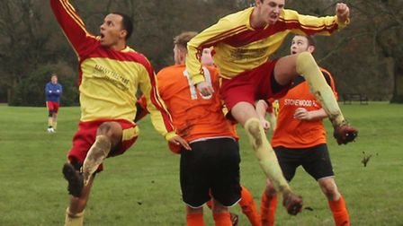 Athletico Quat get the jump on Stonewood Reserves