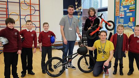 Melbourn Primary School year 3 and 4 pupils with professional BMX rider Matti Hemmings, county counc