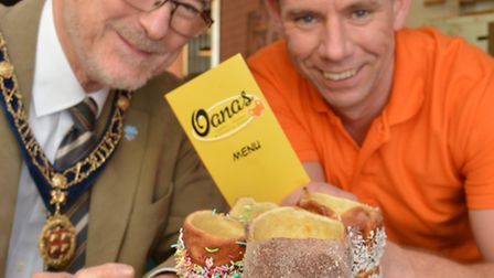 The opening of Oana's, St Ives, (l-r) St Ives Mayor Ian Jackson, and shop owner Dean Castel, with th