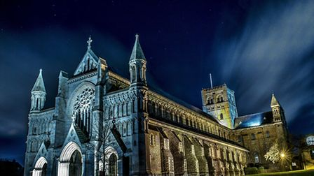 Photo of St Albans Abbey at night by Dave Jackson, a St Albans based World Superbike photographer