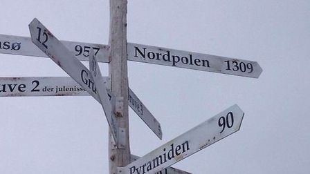 The distance to the North Pole from Svalbard