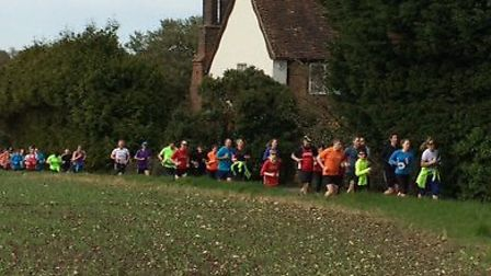 Ben Smith aka the 401 Marathon Man visited Harpenden. He was joined by members of the Harpenden Arro
