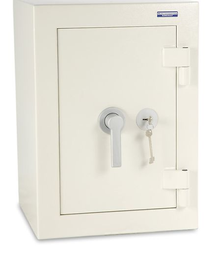 A safe similar to the one taken in the Harpenden robbery