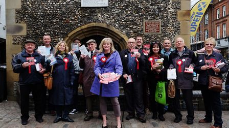 St Albans MP Anne Main with campaigners for 'Vote Leave' in St Albans