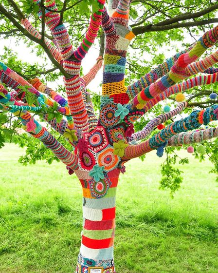 Hana Early created the rainbow tree on Redbourn common for Tommy's, the baby charity