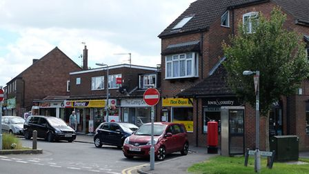 Local amenities include an estate agency and a sandwich shop