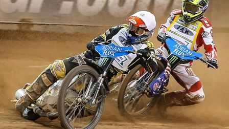 Huntingdon racer Danny King leading World Championship leader Greg Hancock on his way to victory in