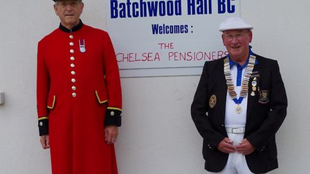 Batchwood president Noel Godwin with Sergeant Mike Dows of the Chelsea Pensioners