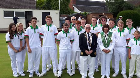 The two Hunts Under 25 teams pictured with English Bowling Federation president Ken Barnes and Hunti