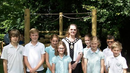 St Nicholas pupils with town Mayor