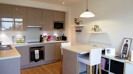 Ridgmont Plaza - open plan living within minutes of the City station