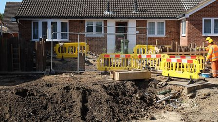Thames Water carry out work to reinstate the services to Fontmell Close.