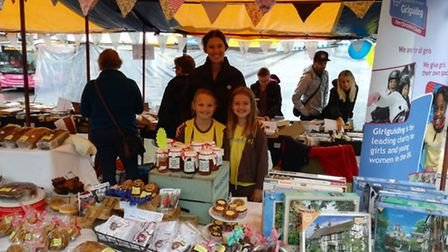 12th St Albans Brownies fundraising at the city market