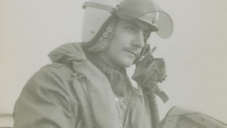 Les Millgate served as pilot on Gloster Meteors with No 64 Squadron from 1952 to 1958. After leaving