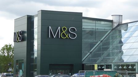 The 'have-a-go-hero' who helped stop a repeat M&S thief was disappointed with Herts Police's actions