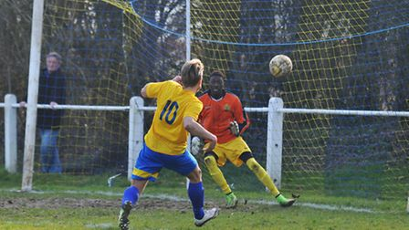 Harry Hunt scored for Harpenden Town against Harefield United. Picture: DANNY LOO