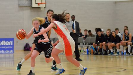 Macy Spinks drives forward for Oaklands Wolves on their WBBL debut against Sheffield Hatters