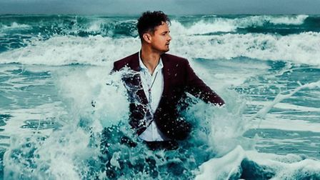 Tom Chaplin has released his new album The Wave