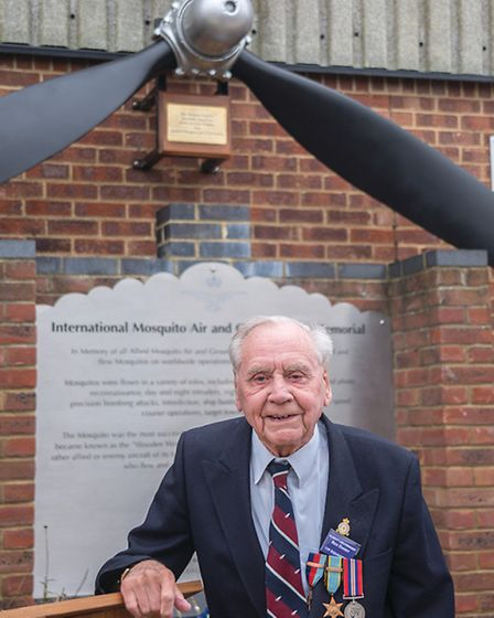 The Mosquito propeller replica and memorial with Reg Davey - Photos: Gary Lakin