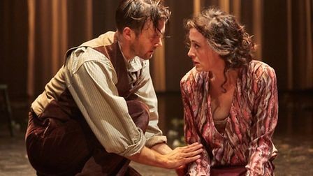 LADY CHATTERLEY'S LOVER An English Touring Theatre and Sheffield Theatres production Writer D.H.L