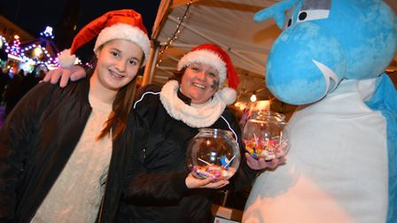 (l-r) Helena Scott, and Annette Ablewhite, guessing the dinosaur name, at the St Ives Carnival and M