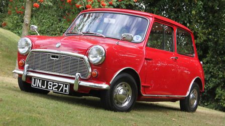 Morris Mini Super Deluxe restored by Lancaster Insurance in aid of Prostate Cancer UK