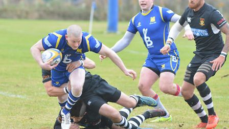 Mickey Drake scored two tries as St Ives slammed local rivals St Neots.