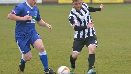 Ben Seymour-Shove forced a good save in St Ives Town's goalless draw with Cambridge City.