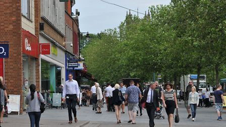 St Albans ranked third for weekly average earnings