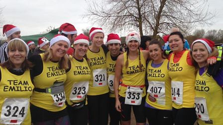 Runners from team Emilio