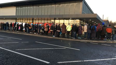 Hundreds queue as Aldi opens its Huntingdon store