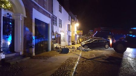 Thieves attempt to steal atm from Barclays bank in Kimbolton