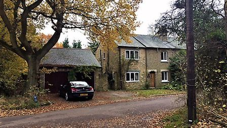 Rose Cottage, Bricket Wood - sold at auction for £576,000