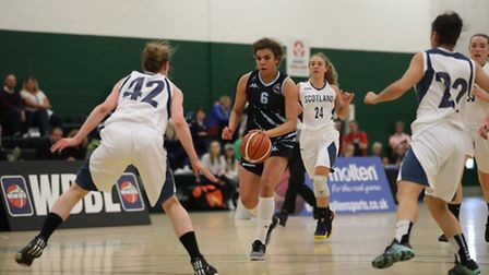GB international Kyla Nelson in action for Oaklands Wolves