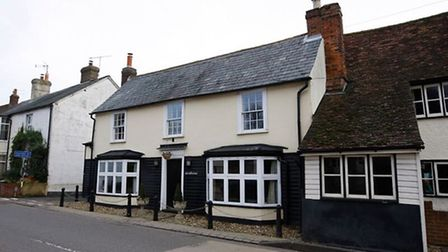 What was once the Robin Hood pub is now Robin Hood Cottage