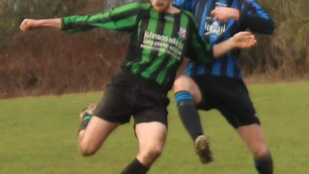 Action from Pinewood and Harpenden Colts OB Res