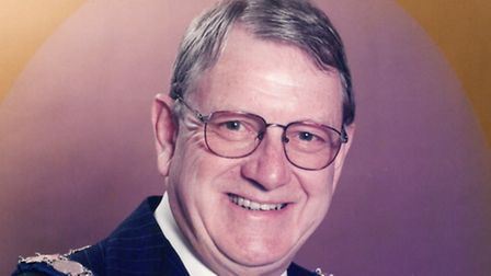 Former Harpenden mayor Gordon Leadbeater, who has died. Supplied by Harpenden town council.