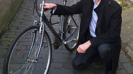 Green Party Cllr Simon Grover is campaigning for increased cycle use.
