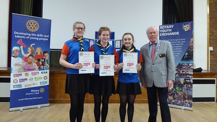 Youth Speaks 5th St Albans guides team with Chalmers Cursley - Beds, Bucks and Herts District Govern
