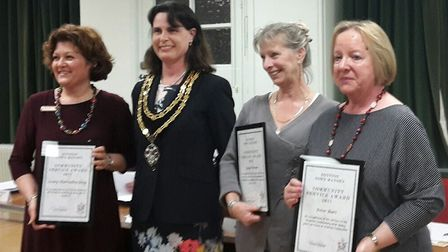 Lesley Thornally-Grey, Mayor Sarah Dingley, Linda Turner and Rosemary Burt.