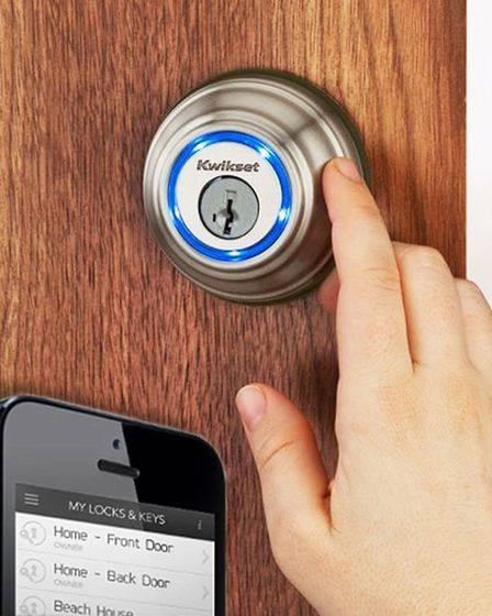 The Kevo Bluetooth-enabled deadbolt lock lets you unlock your door wirelessly with your iPhone. A ci