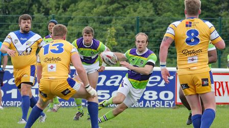 Kieran O'Shea runs with the ball for St Albans Centurions. Picture: DARRYL BROWN
