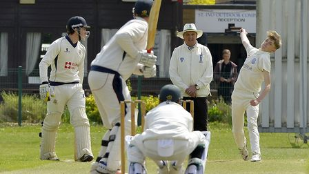 Matthew Wells bowls for St Ives against Wisbech. Picture: DUNCAN LAMONT